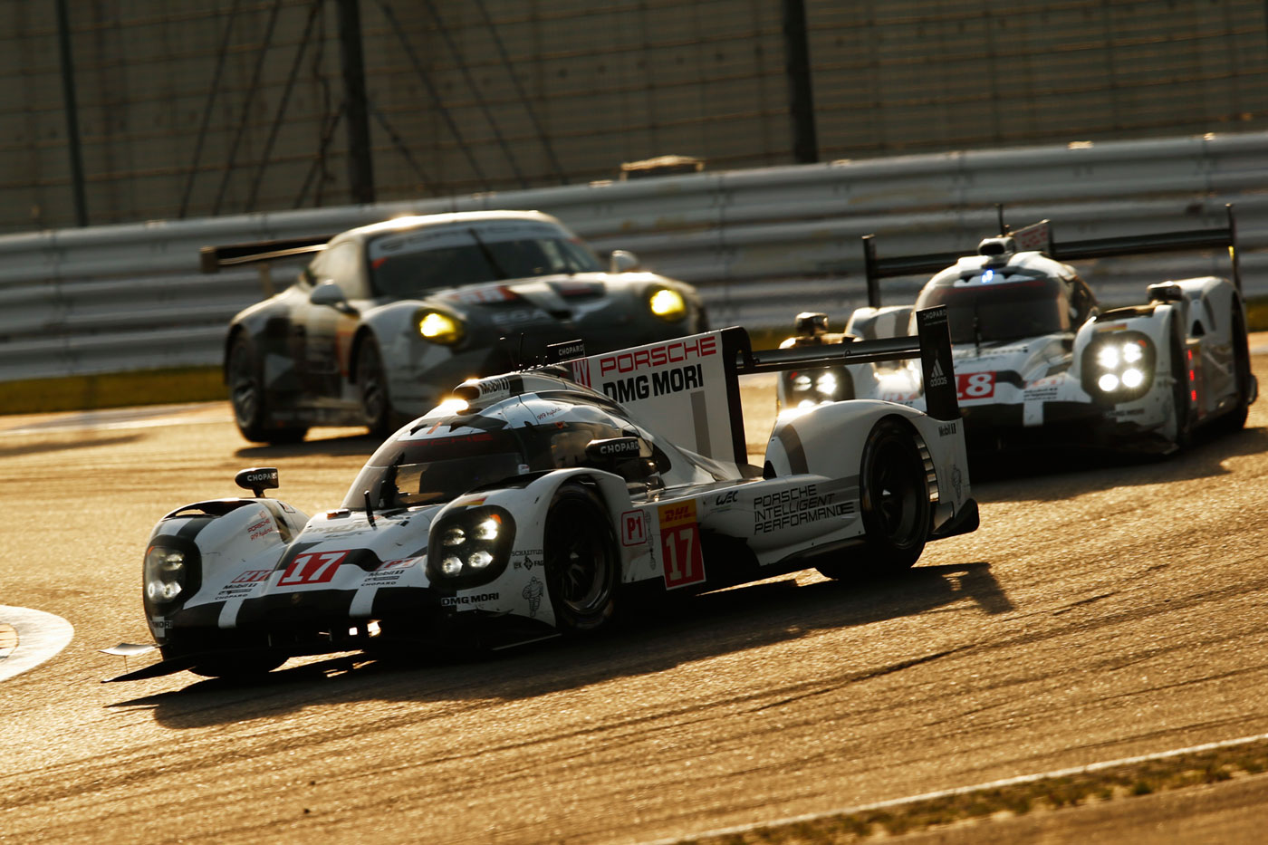 Porsche 1-2 qualifying in Japan