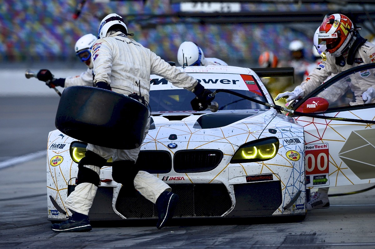 BMW's Daytona battles