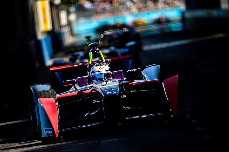 Birds holds off Buemi in Argentina