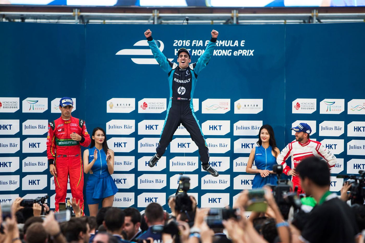 Buemi takes Hong Kong win