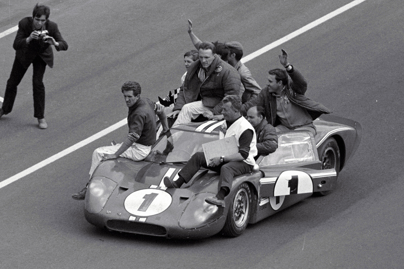 Gurney and Foyt relive Ford '67 win