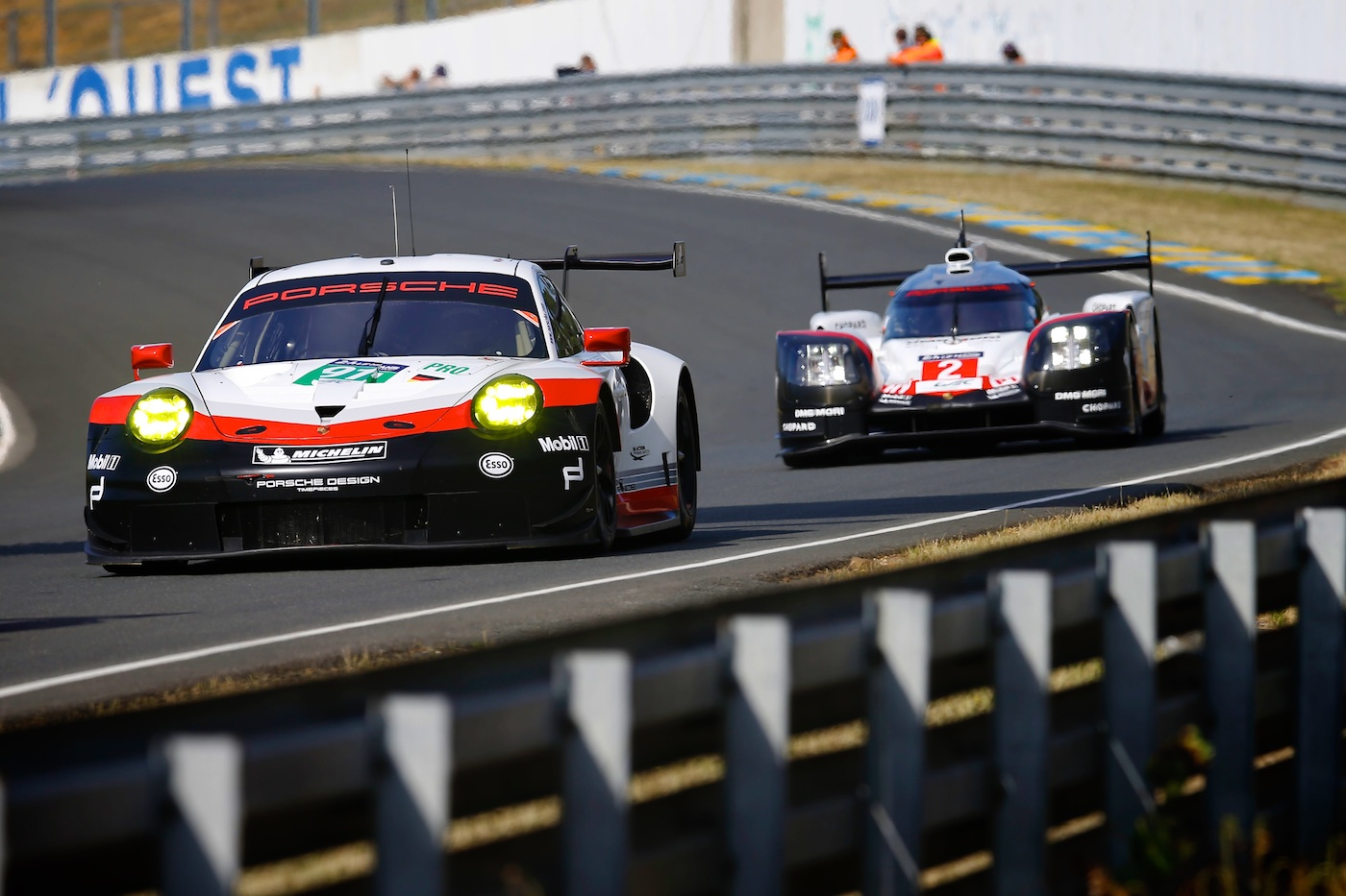 Le Mans Debut for New 911 RSR