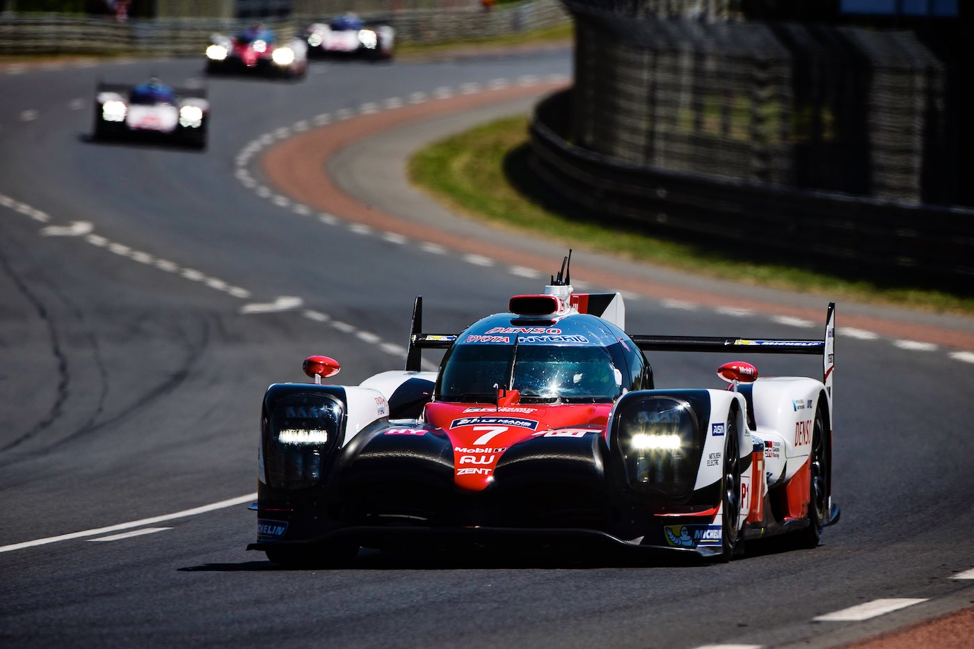 Six Hour Update: 24 Hours of Le Mans