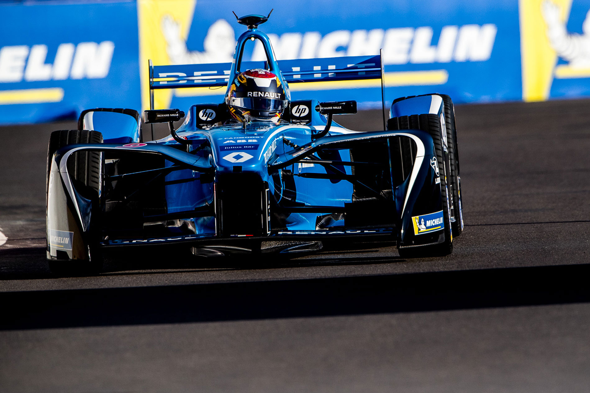 Buemi secures Marrakesh pole