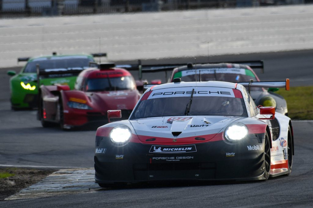Rolex 24 on-track schedule, air times