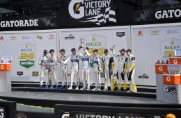 Gallery: Rolex 24 Checkered Flag