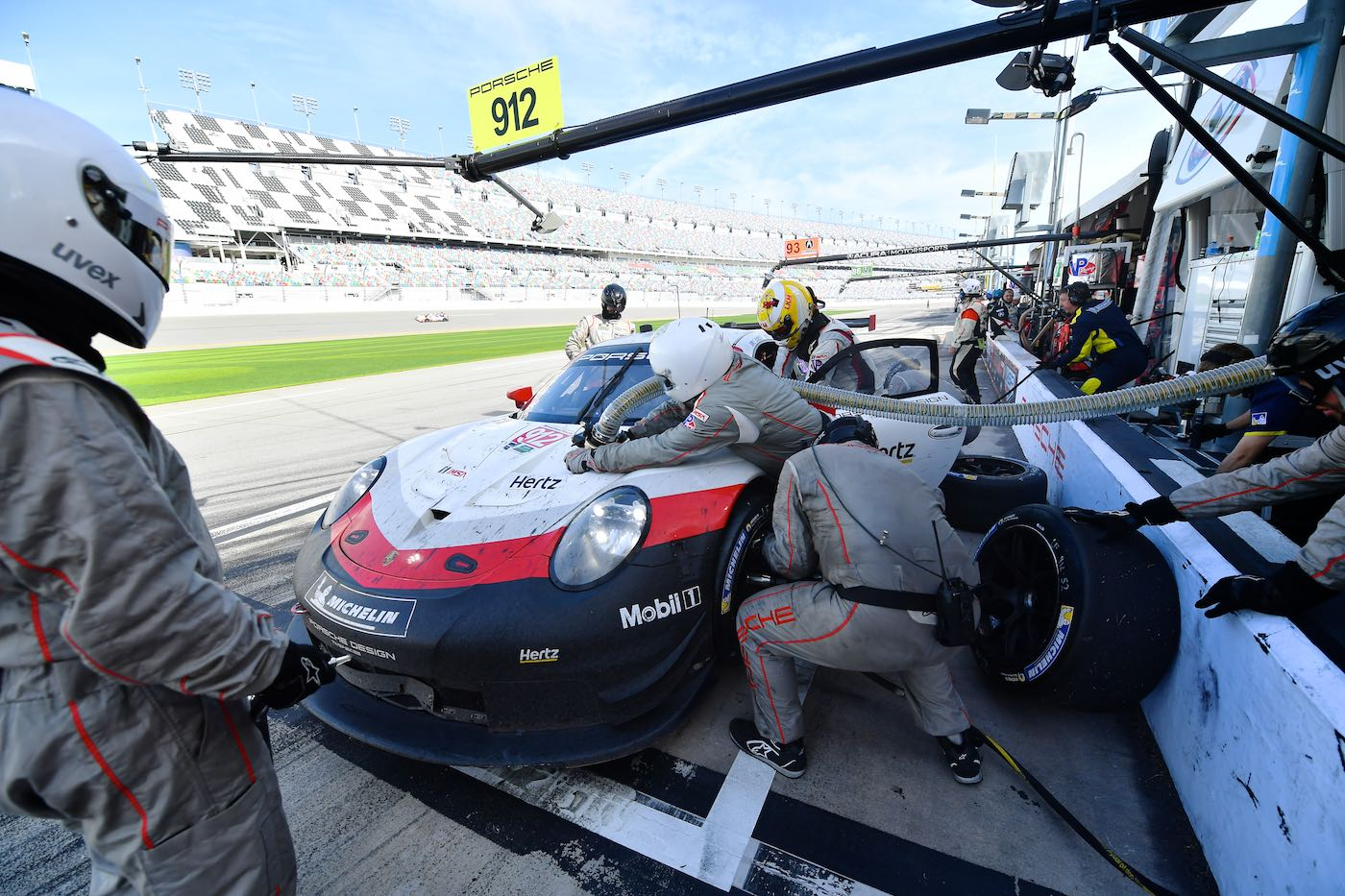 Rolex 24 download: Porsche