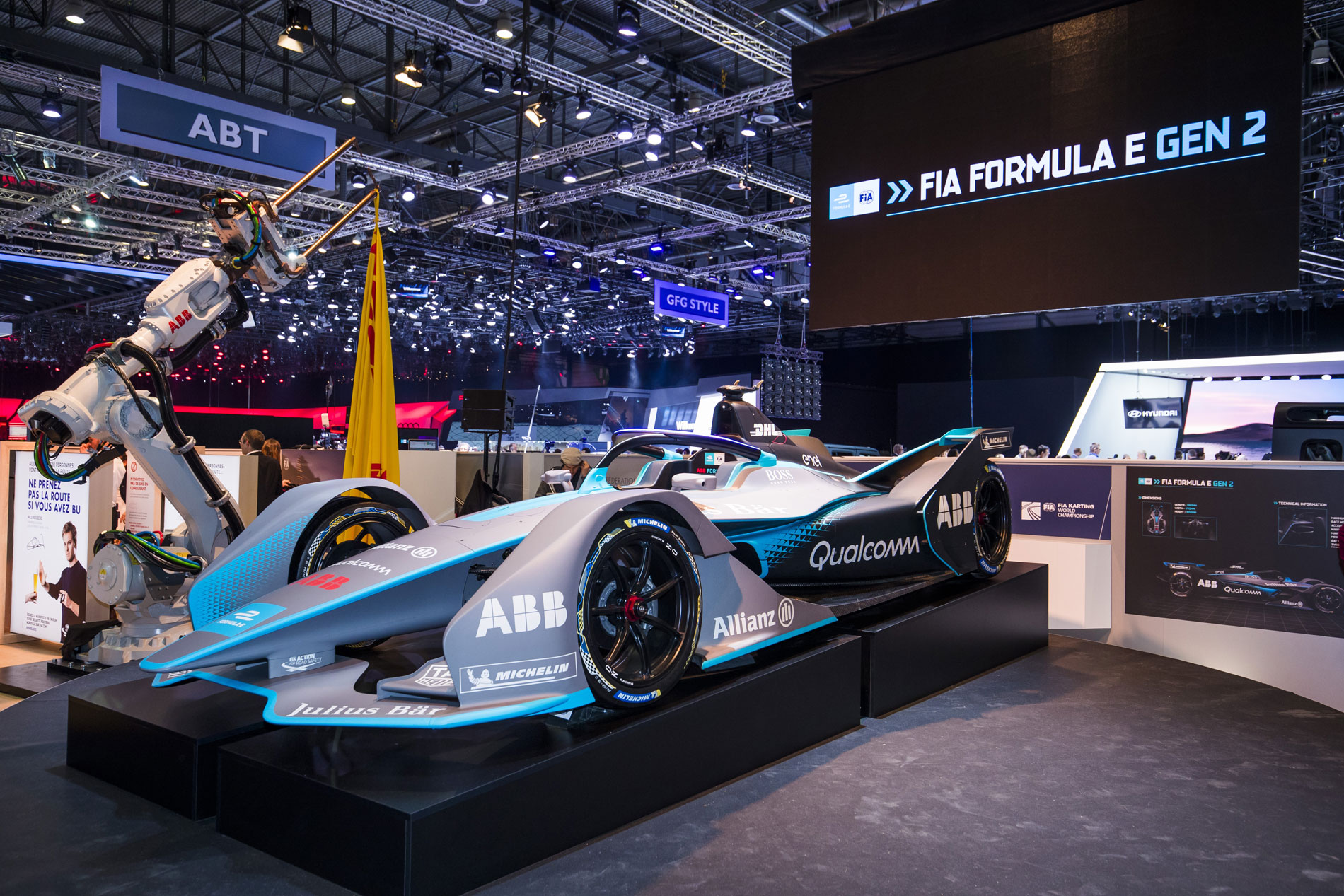 Formula E Gen2 car breaks cover